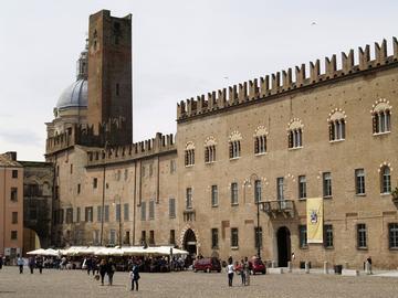 Tour Culturale, Stradivari e Giuseppe Verdi